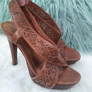 Diane Von Furstenberg Size 8 Brown Leather heels